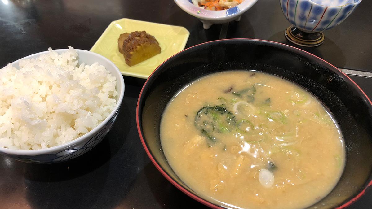 秋田観光,秋田名物,納豆汁,いぶりがっこ