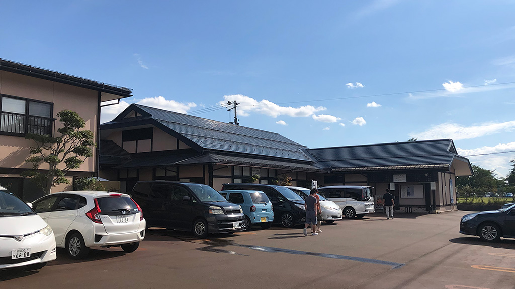 一寸亭本店,冷たい肉そば,山形県西村山郡河北町